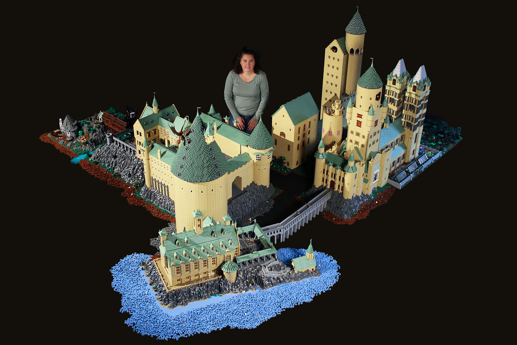 Amazing LEGO creations by Alice Finch - Hogwarts Castle and Alice Finch