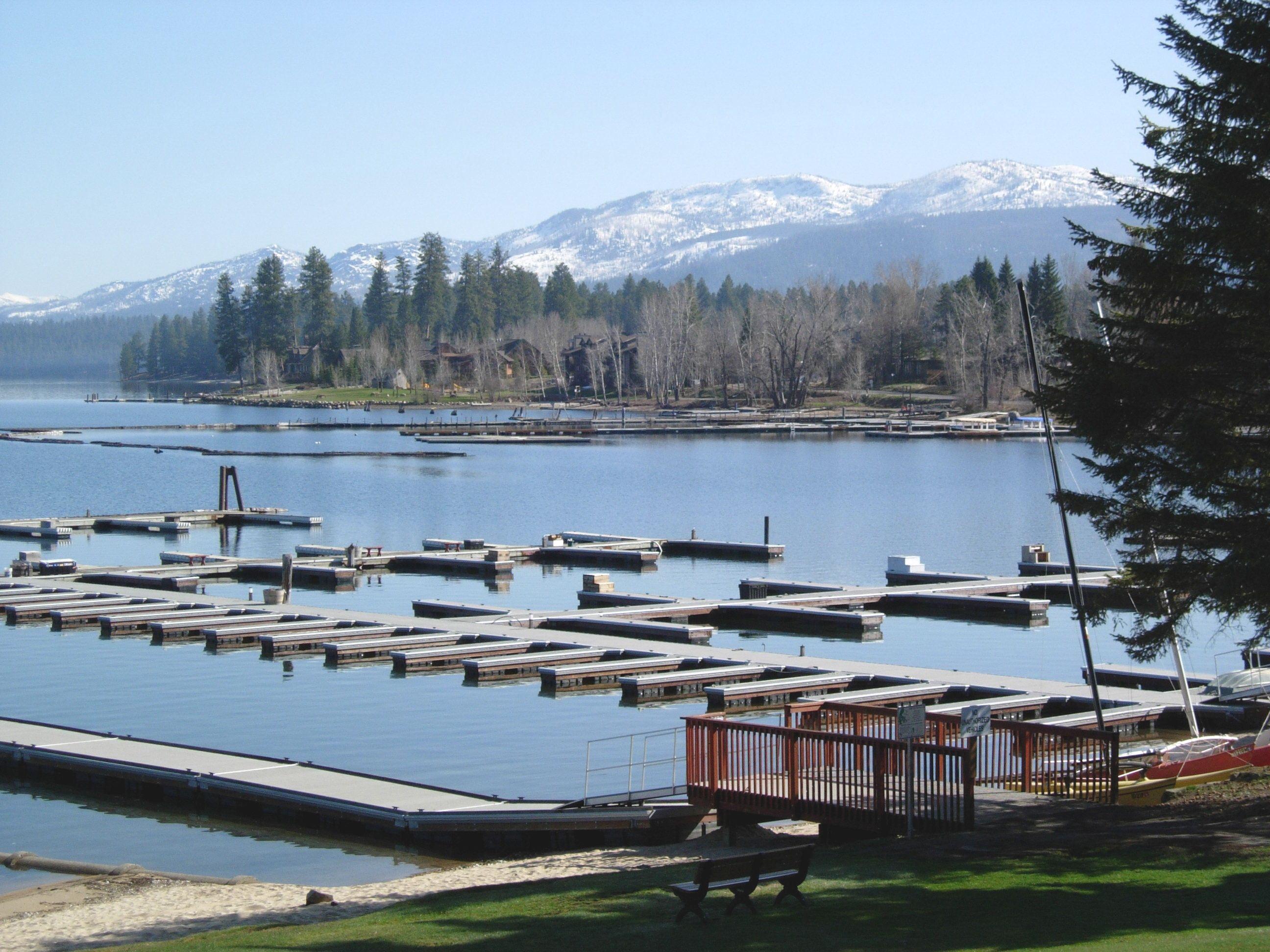 Great Lake Vacations: 5 Northwest Waterworlds Kids Will Love