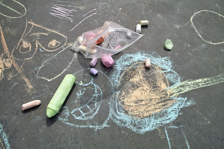 Get Creative: Sidewalk Chalk and Paint Art Projects Kids ...