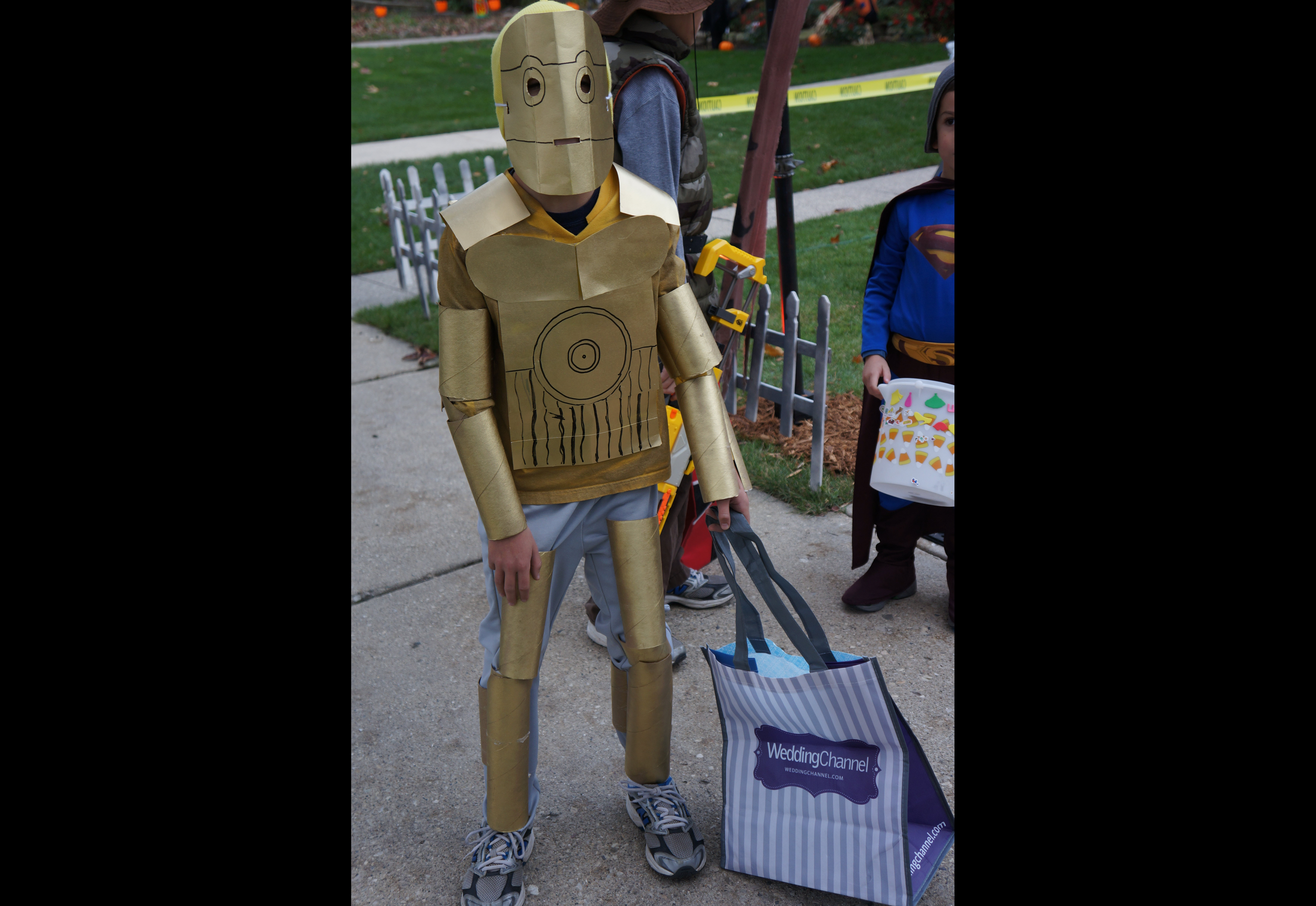 From pokemon to star wars 20 diy halloween costumes every kid khaki pants with ace wraps wound around the lower legs complete the look with light saber in hand the force is with this awesome costume solutioingenieria Images
