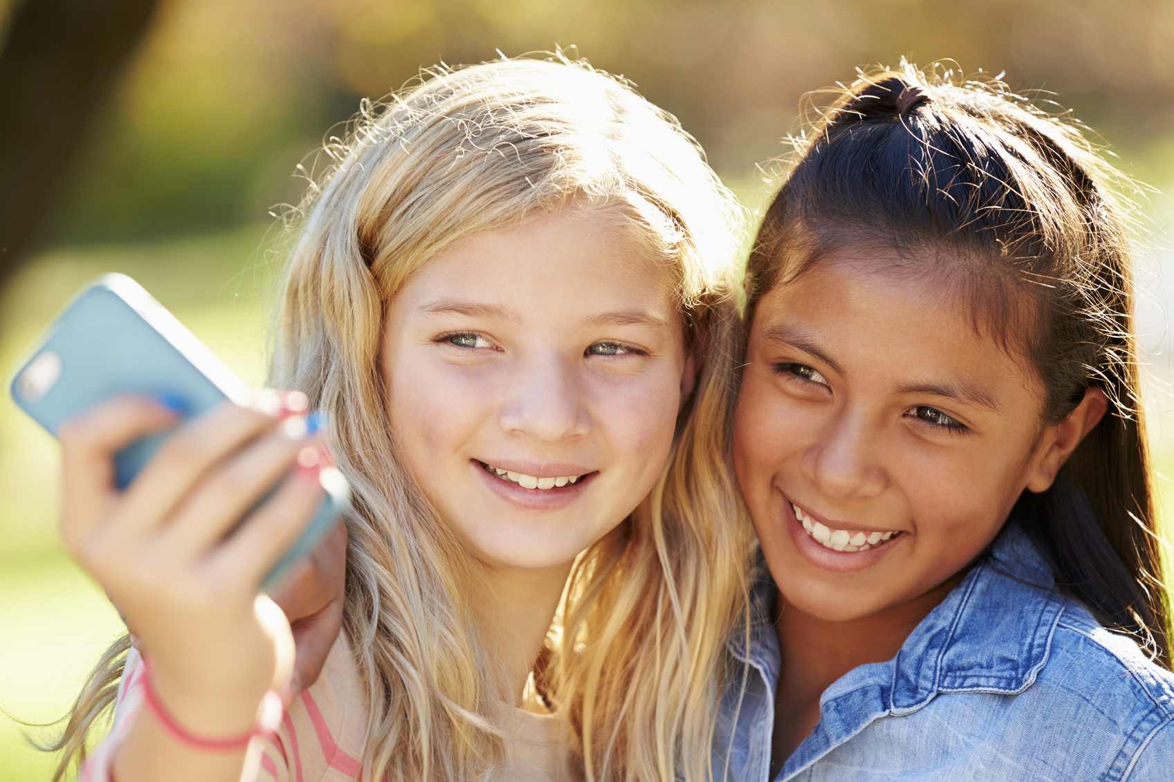5 Questions to Ask Before You Get Your Kid a Phone | ParentMap