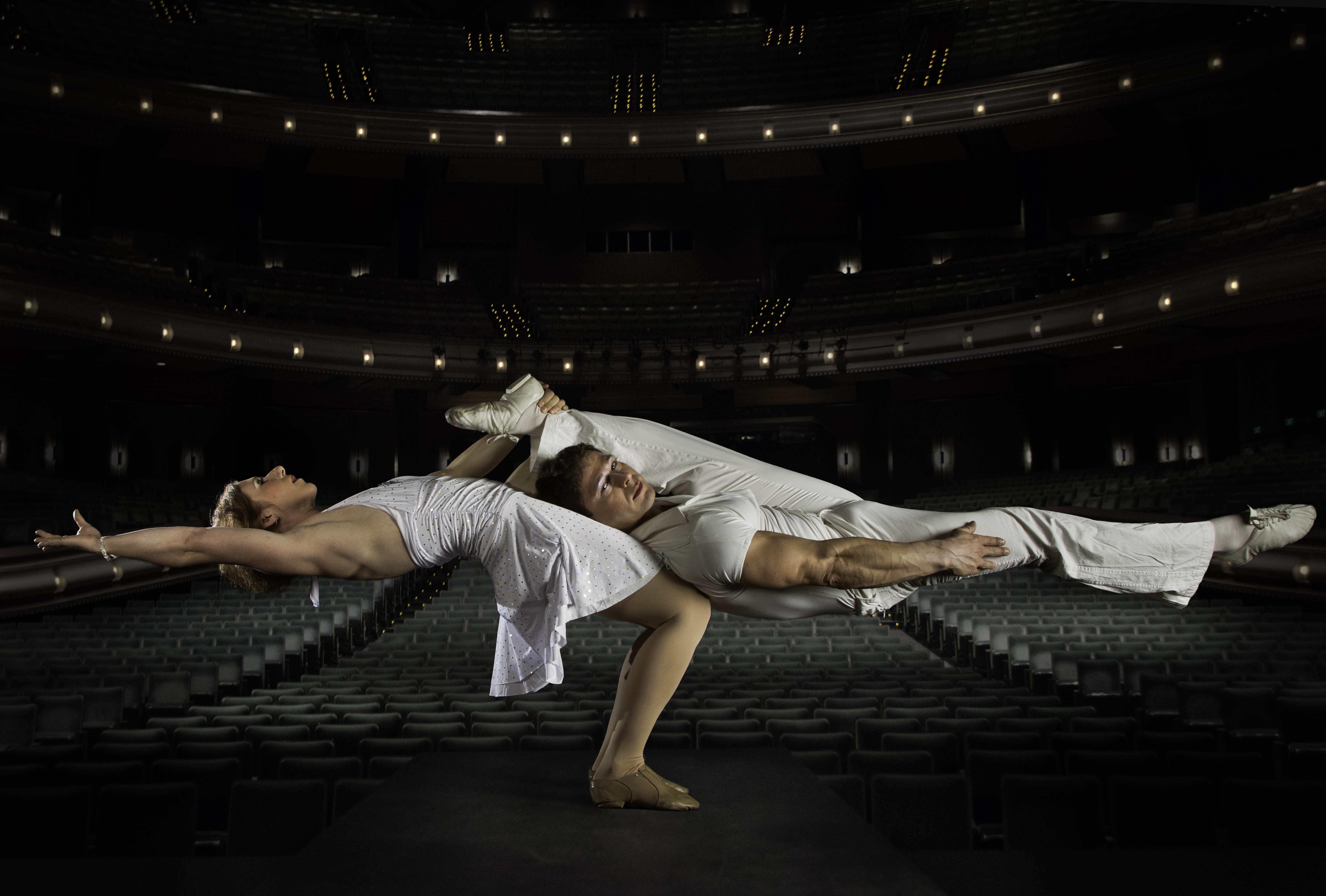 Photo credit: Cirque de la Symphonie performs