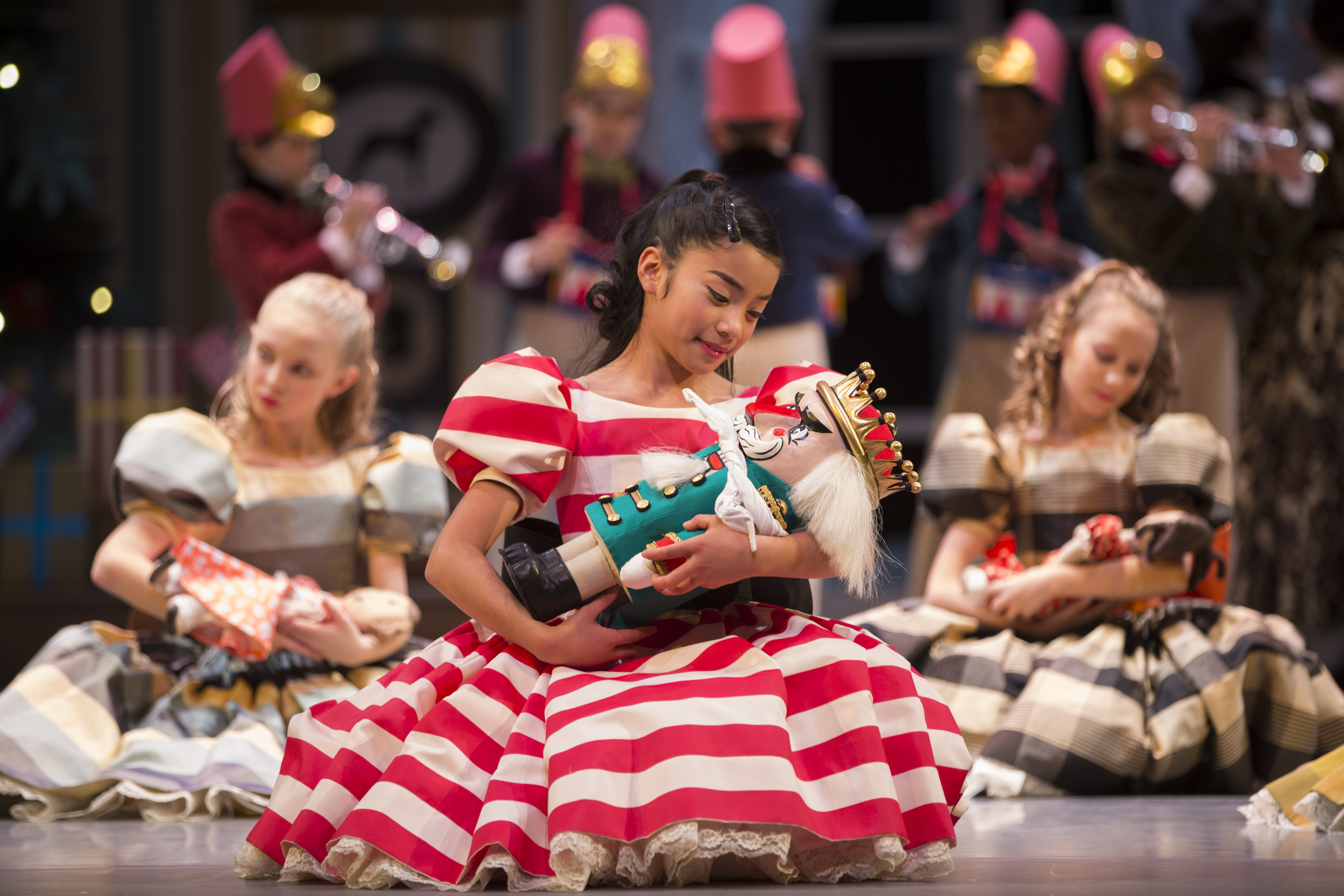 Pnbs george balanchines the nutcracker not much spice but pacific northwest ballet pnb school student eden anan as clara in george balanchines the nutcracker choreographed by george balanchine the george solutioingenieria Choice Image