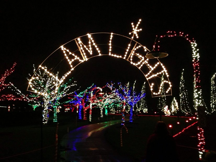 best christmas and holiday light displays around seattle tacoma and the eastside