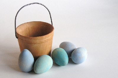 Wooden Easter eggs by Apple Namos on Etsy