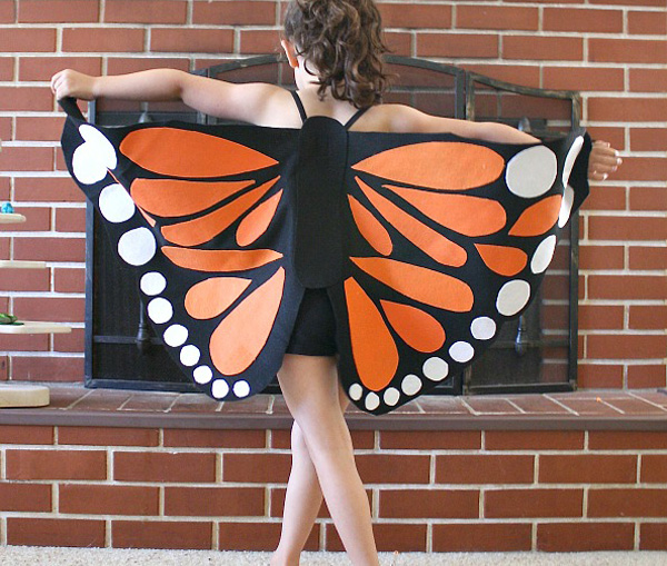 DIY monarch butterfly Halloween costume for kids by Buggy and Buddy