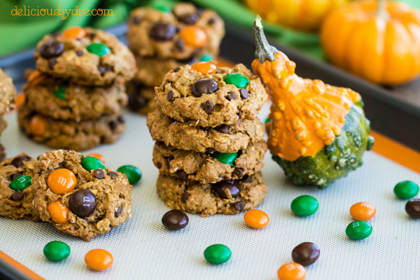 Halloween treats: Halloween pumpkin monster cookies by Delicious By Dre