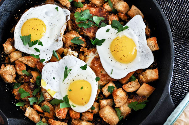 Thanksgiving leftovers idea: Breakfast hash with cheddar mashed potato pancakes by How Sweet It Is