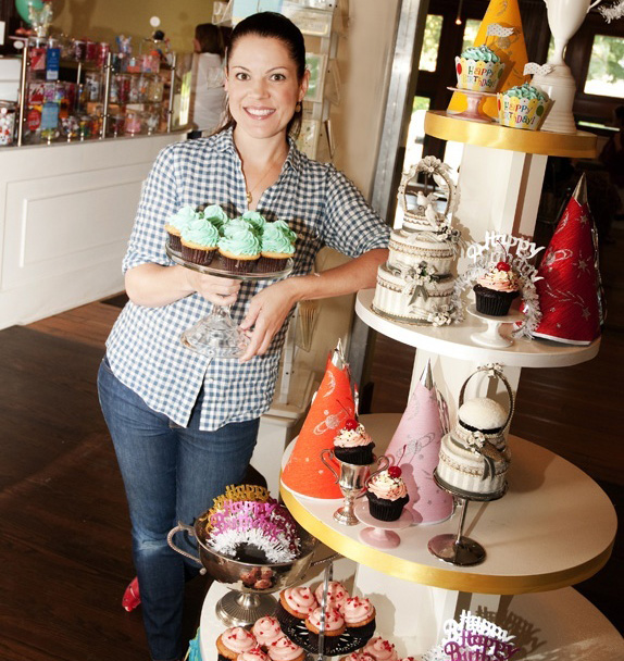 Best of Seattle: Trophy Cupcakes and Party