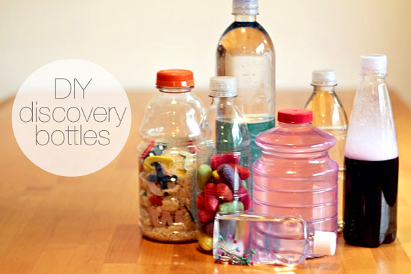 Homemade discovery bottles by Modern Parents Messy Kids