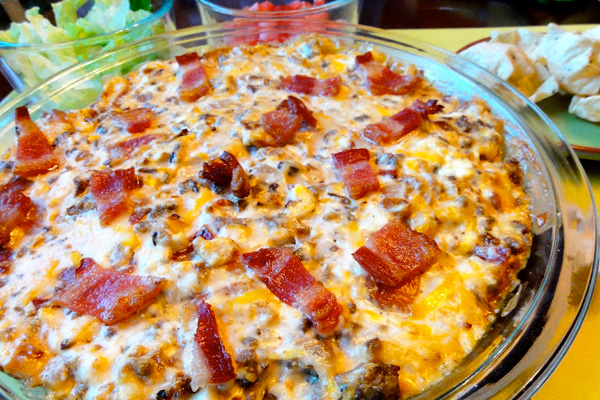 Super Bowl Snack: bacon double cheeseburger dip by Sugar and Spice