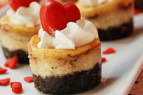 Valentine's Day mini chocolate strawberry cheesecakes by Multiply Delicious