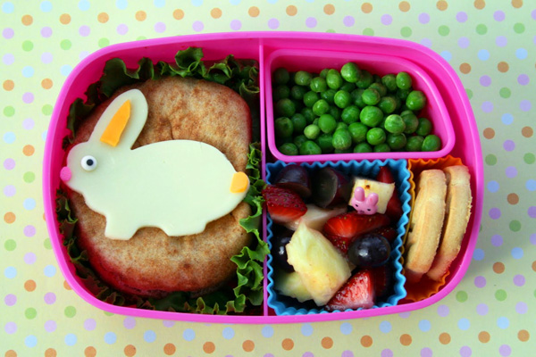 Easter bunny bento box lunch for kids by Bento-logy