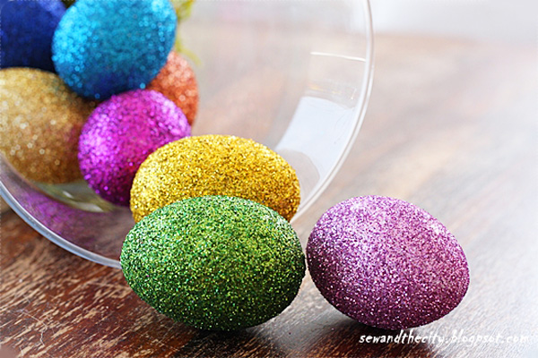 Glitter Easter eggs for kids by Sew in the City