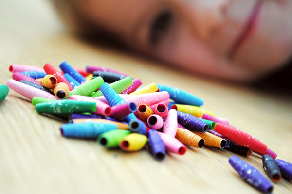 Homemade paper beads by Mini Eco