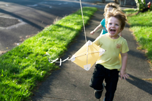 Homemade paper kite for kids by Made By Joel