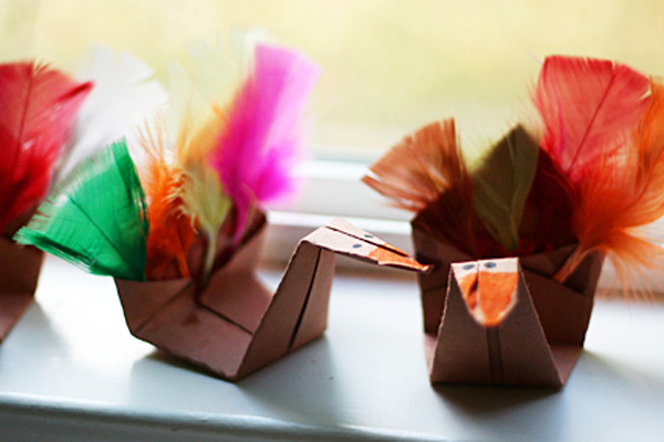 Thanksgiving origami turkeys by Let's Explore