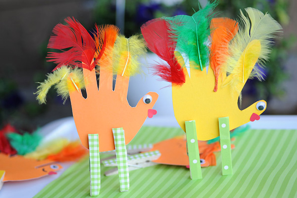 Thanksgiving handprint turkeys by Katherine Marie Photography