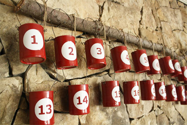 Homemade Christmas advent calendar by Skip to My Lou