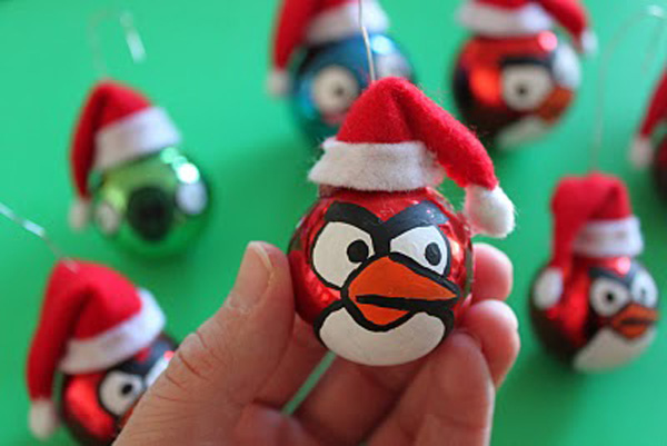 Homemade Angry Birds Christmas ornaments by Obsessively Stitching