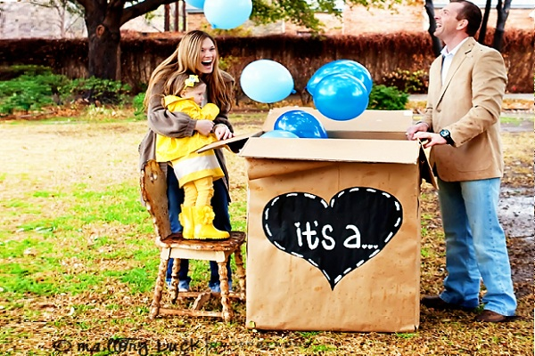 18 Ideas for Creative Baby Announcements – Surprise Baby Announcement Ideas