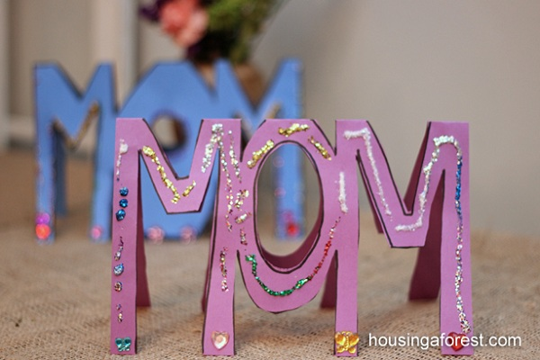 """MOM"" and ""WOW"" topsy turvy card"