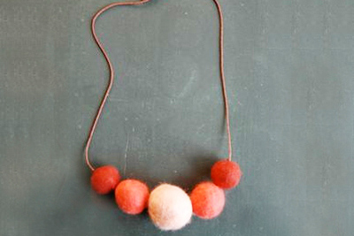 Christmas homemade felted necklace by Shiso Mama