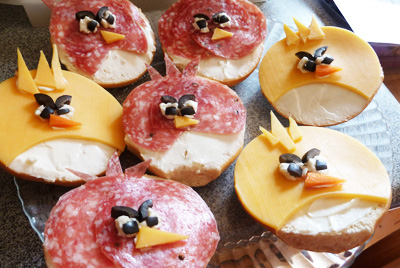 Angry Birds bagel sandwiches by Katrina Cooks
