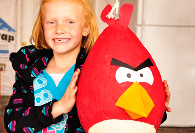 Angry Birds pinata by All Things Thrifty