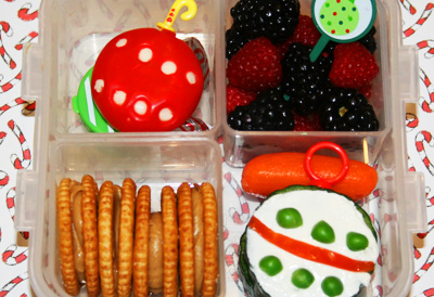 Christmas ornament bento box lunch by Bento-logy