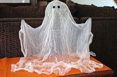 Halloween floating ghost craft by Every Day is a Crafting Day