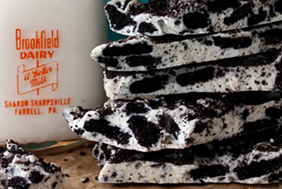 Halloween Oreo and white chocolate bark by Bakers Royale