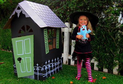 Halloween haunted house by Alpha Mom