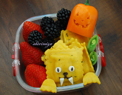 Halloween werewolf bento box lunch by Happy Little Bento