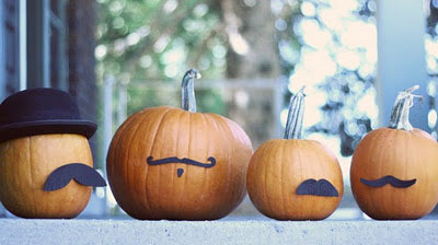 Mustached Halloween pumpkins by Faboolous