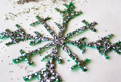 Glittery snowflake homemade Christmas ornaments by Alphamom