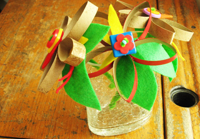 Cardboard flowers with buttons and felt by Plum Pudding