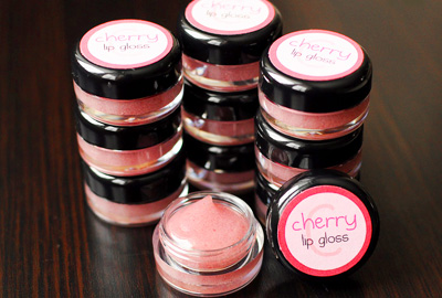 Homemade lip gloss by Meet the Dubiens