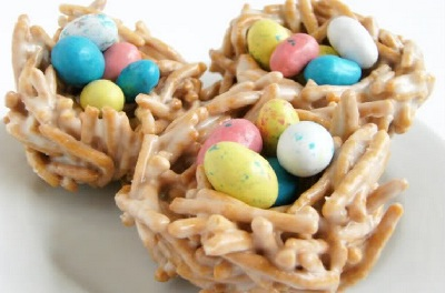 Easter marshmallow nests by Bake at 350