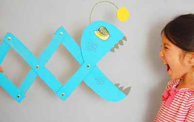 DIY long-reach gizmo toy for kids by Giddy Giddy