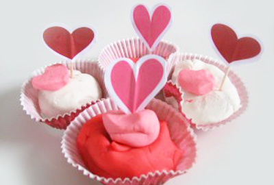 Valentines Day Play Dough Activity By No Time For Flash Cards