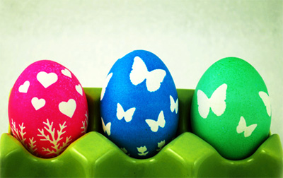 Stenciled Easter eggs by LollyChops