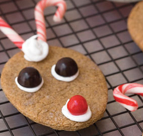 Reindeer gingersnap cookies by Little Birdie Secrets
