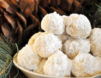 Snowball cookies by Imagine Childhood