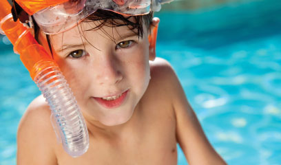 Helping your child overcome swimming fears