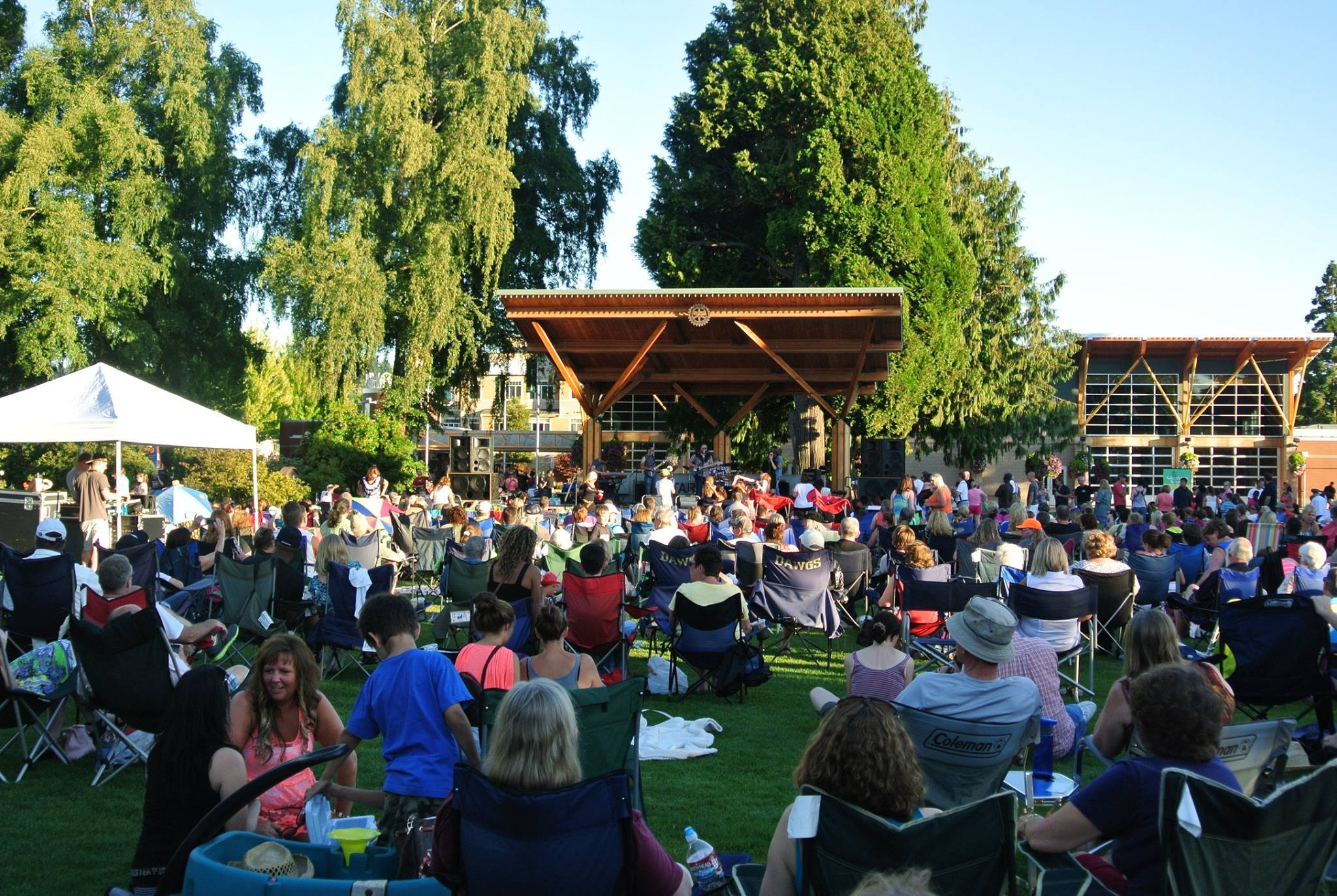 south sound summer arts  outdoor concerts and movies for