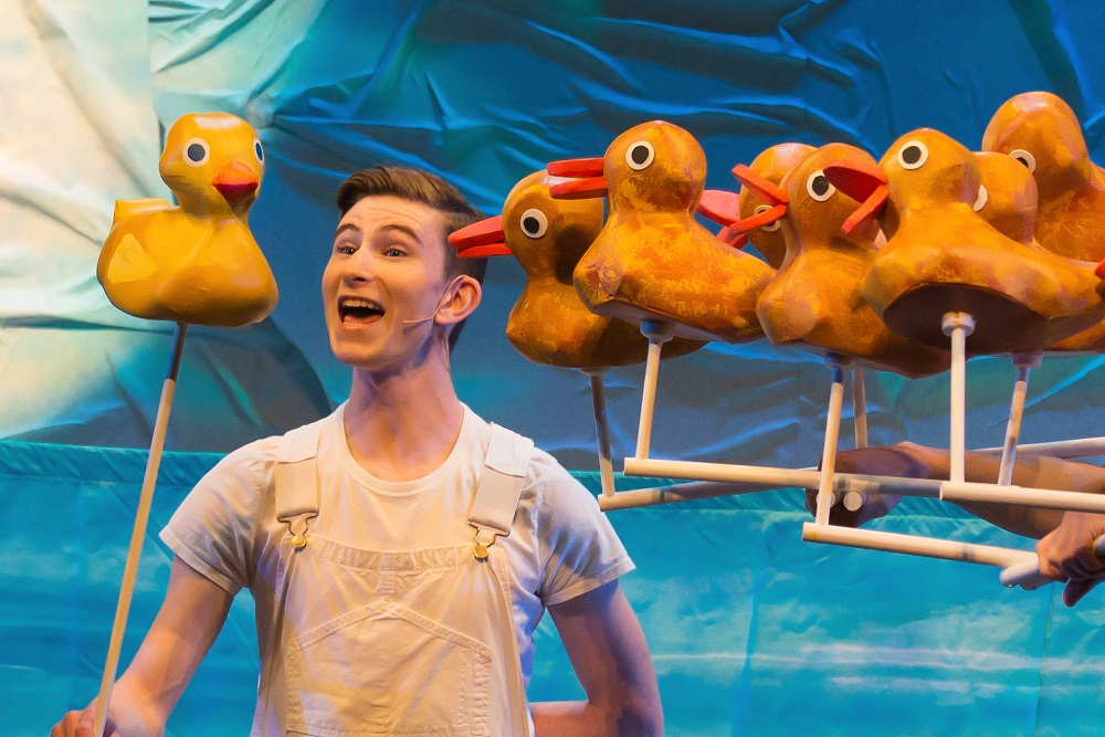 Rubber duck and ducklings in SCT's The Very Hungry Caterpillar Show