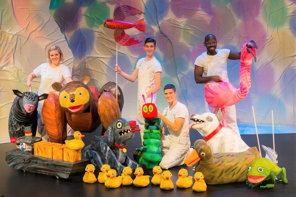 Full cast and puppets in SCT's The Very Hungry Caterpillar Show