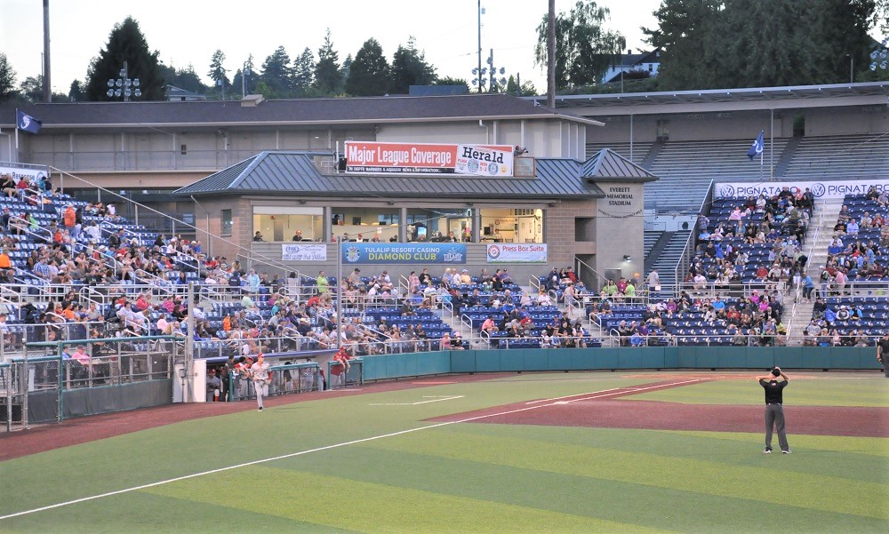 Aquasox-baseball-fun-for-families