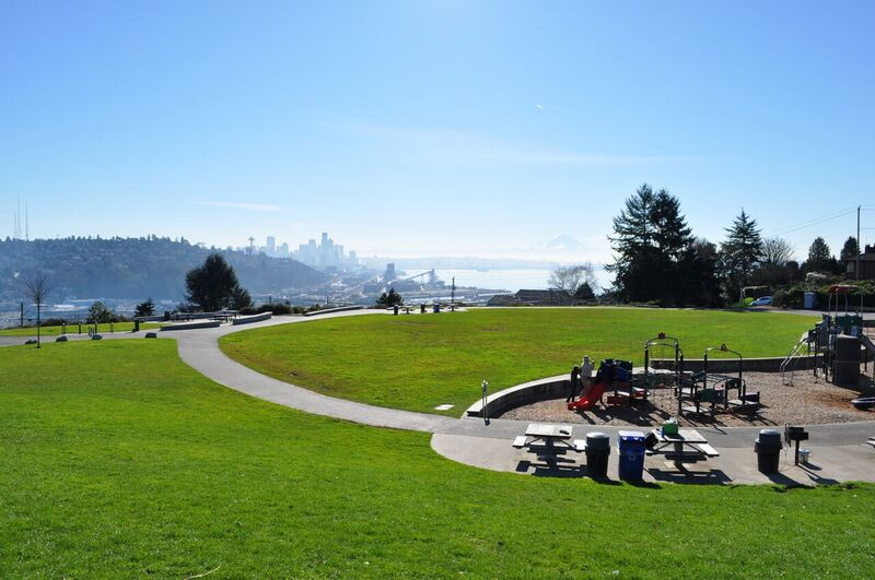 Ella-Bailey-Park-parks-with-scenic-views-Seattle-kids-families